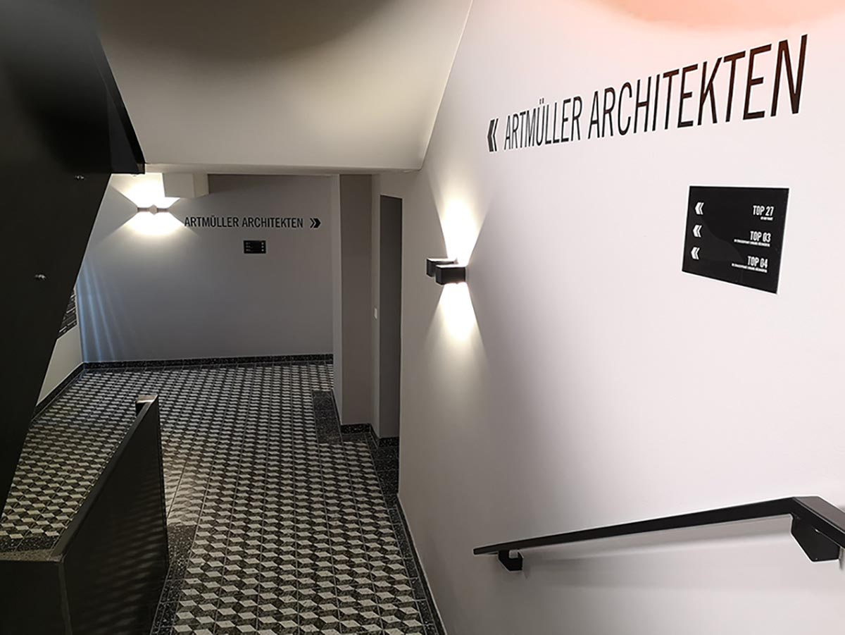 Wegweiser - Folienschnitt Wand - Karas Folierungen
