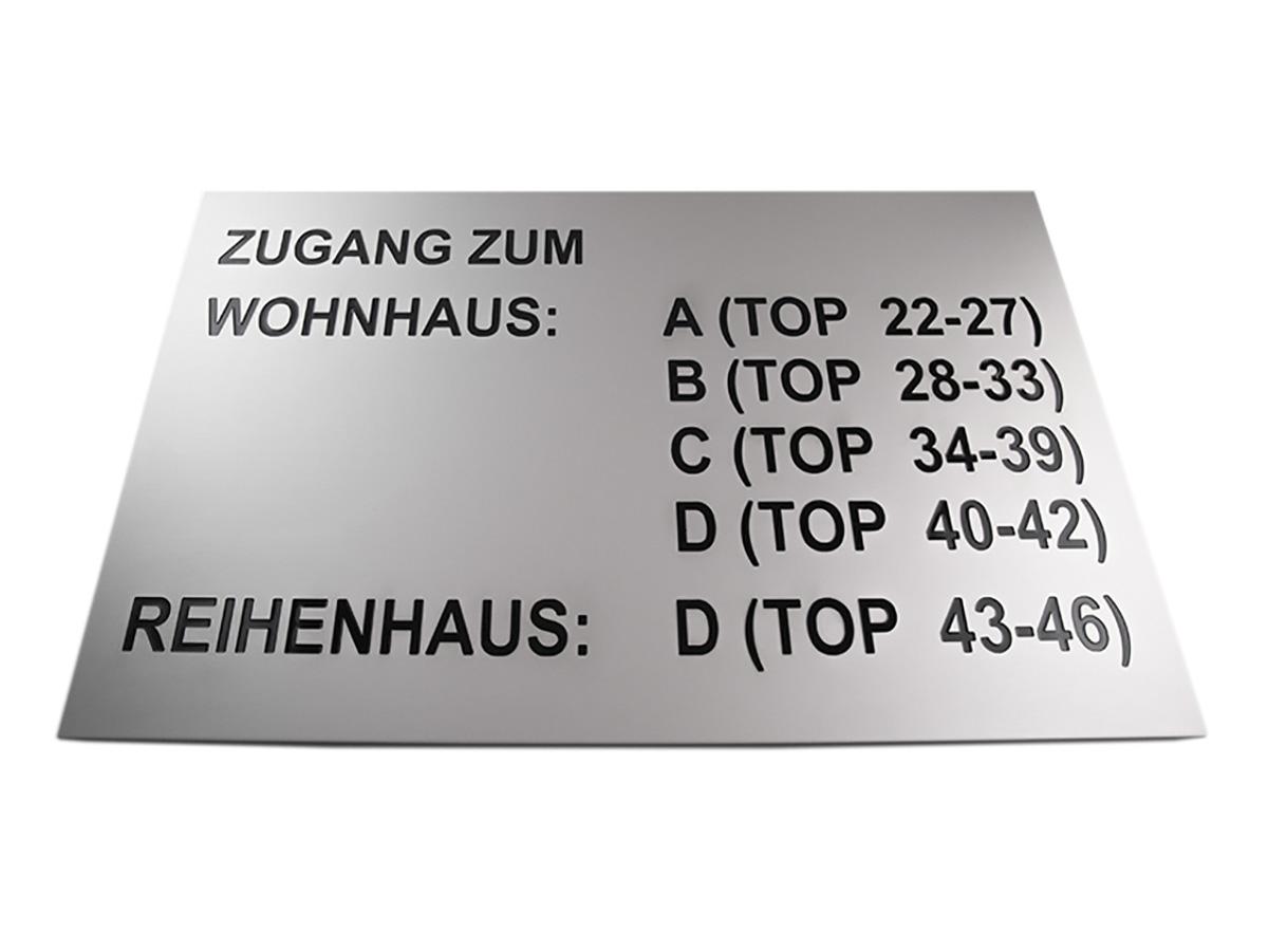 Informationstafel - Aluminium matt graviert und eingefärbt - Karas Wiener Schilderwerkstatt