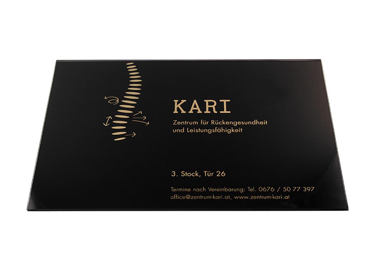 Ordinationsschild - Acrylglas mit Folienschnitt - Karas Wiener Schilderwerkstatt